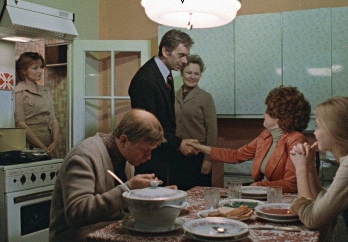 стандартный советский кухонный гарнитур фото