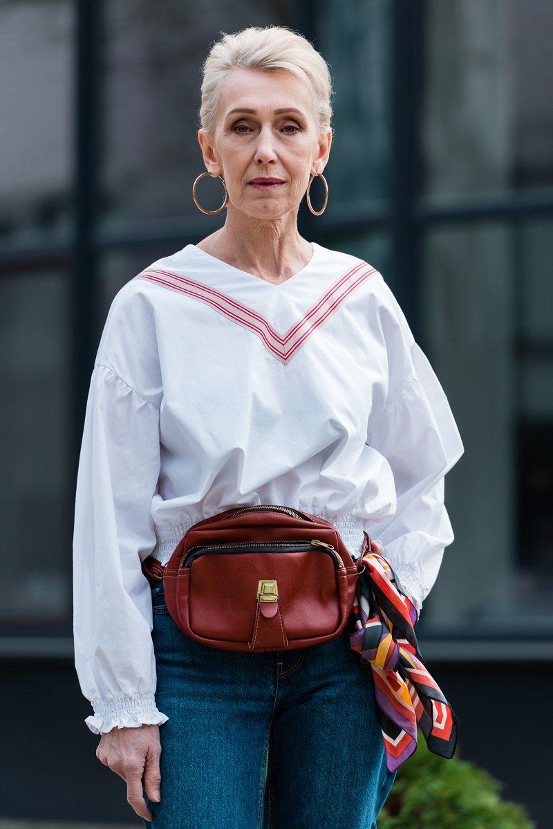 Стильная женщина после 50 Старые Вещи Одежда