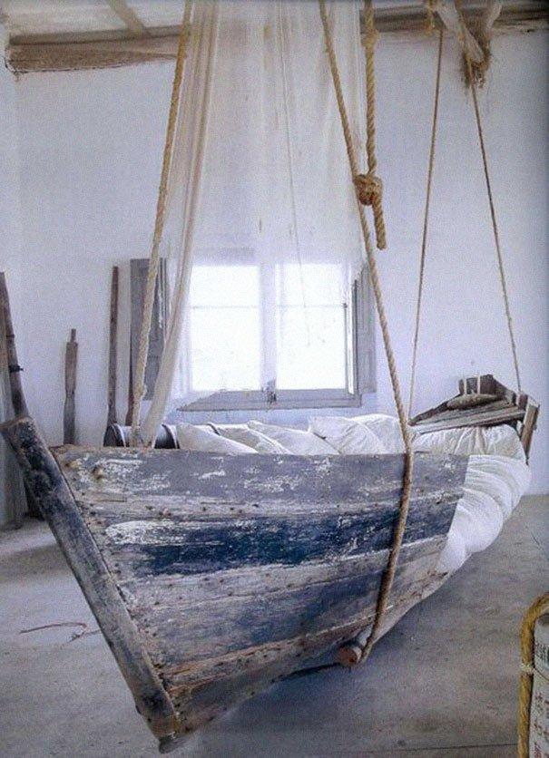 колыбель из лодки