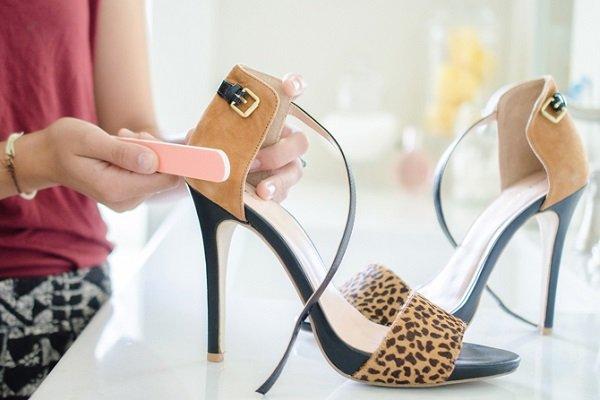 обновить замшевую обувь
