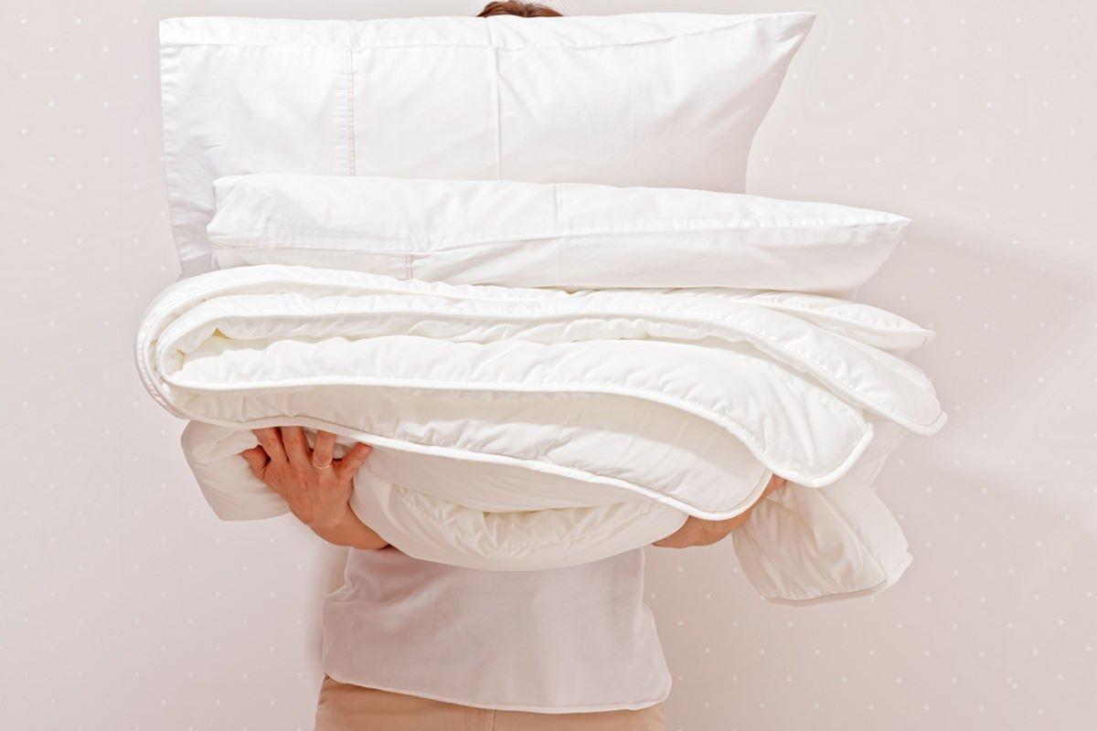 стирка пуховых подушек в домашних условиях