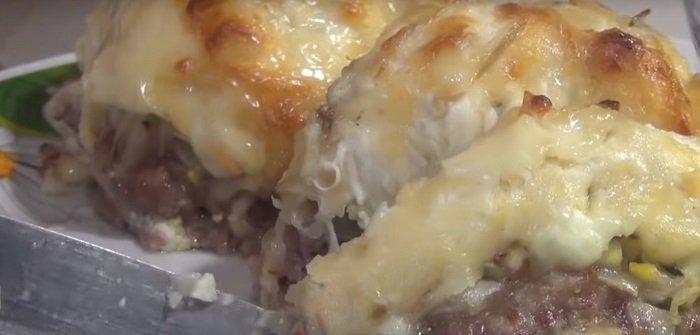 стожки из мясного фарша с сыром
