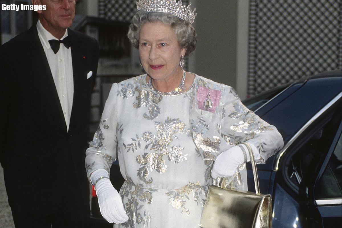 Смотреть Королева никогда это не ест 9 нет в королевском меню видео
