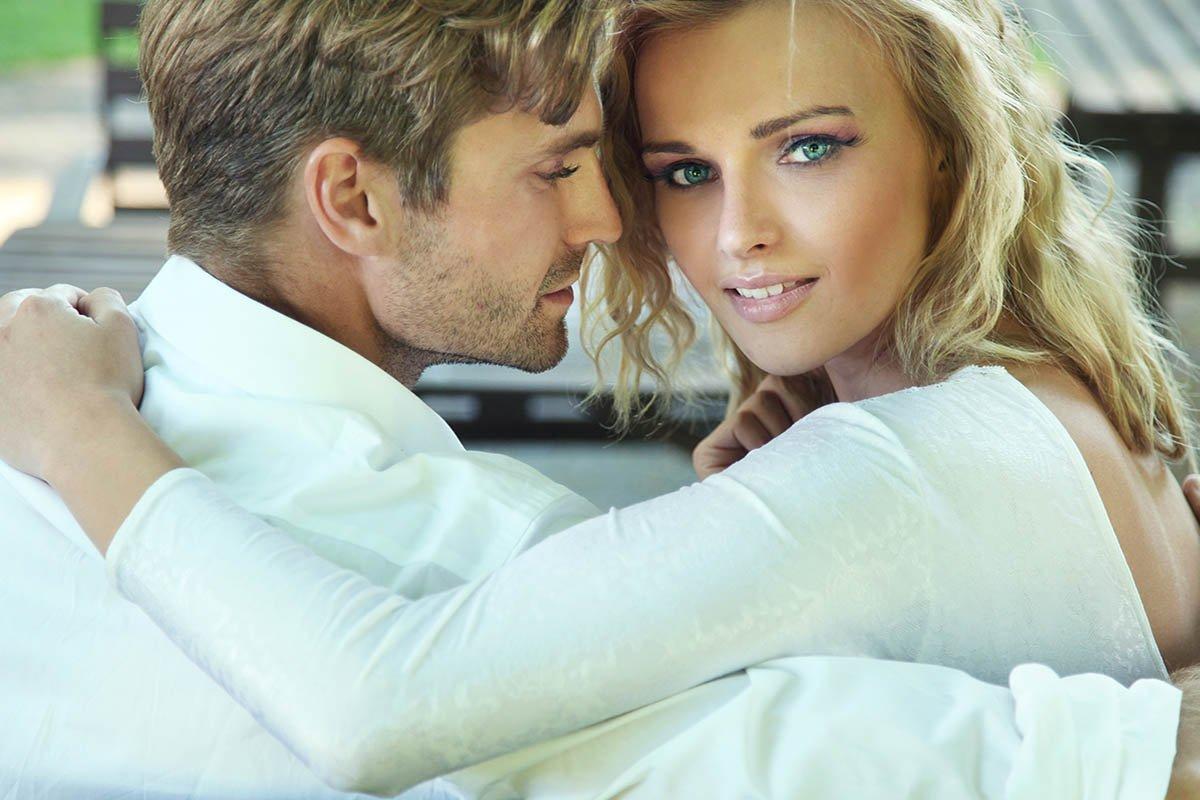 Свободная любовь Дмитрия Диброва и его молоденькой жены, легко отпускает ее веселиться