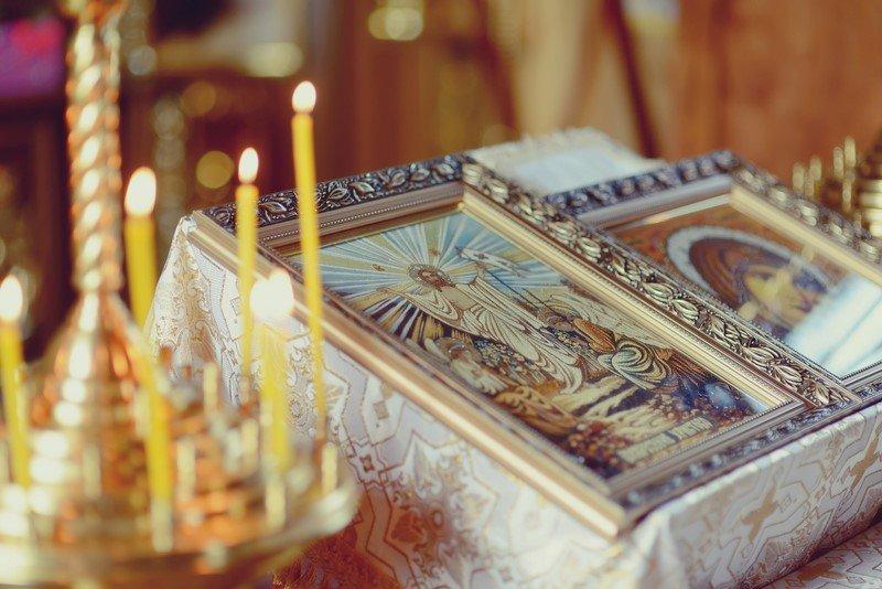 свечи в храме недействительны