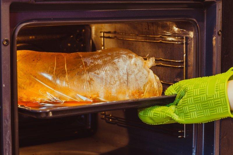 свинина в сладком соусе в духовке