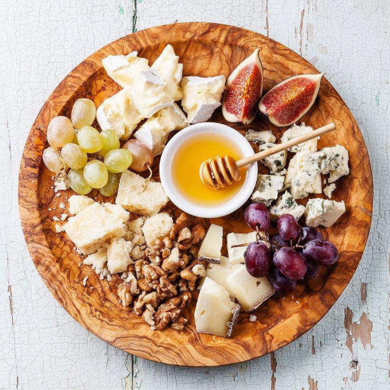 сырная тарелка на банкет