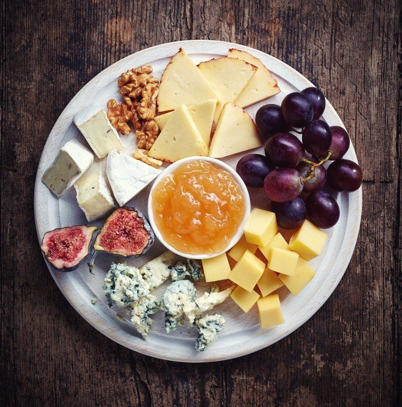 большая сырная тарелка