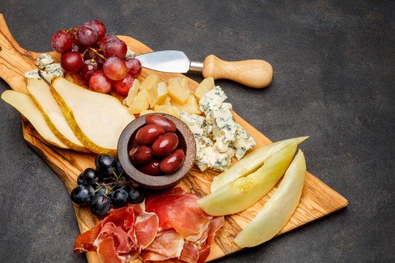 сырная тарелка для фуршета