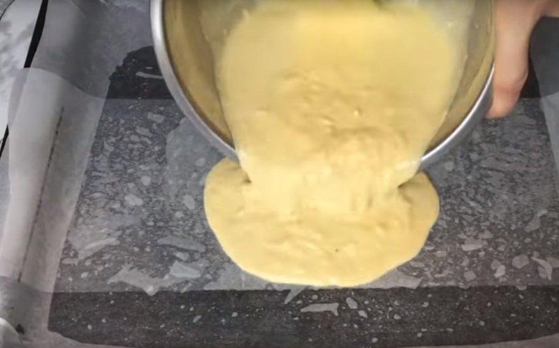 сырный рулет в омлете