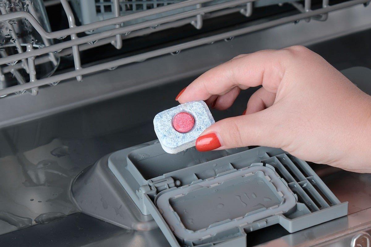таблетки для мытья посуды в посудомоечной машине