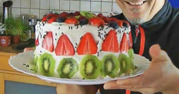 Оригинальный рецепт арбузного торта: блюдо, которое непременно станет коронным!