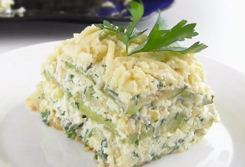 кабачковый торт с зеленью