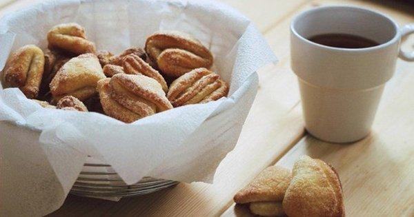 Простой рецепт творожного печенья к чаю. Невероятно воздушное и хрустящее лакомство!