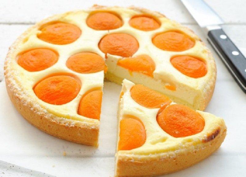 как приготовить творожный торт с персиками