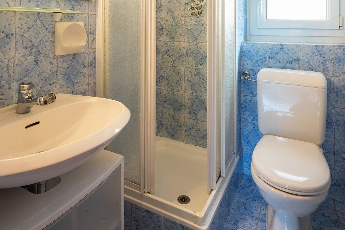 Как продезинфицировать ванну и заставить раковину блестеть