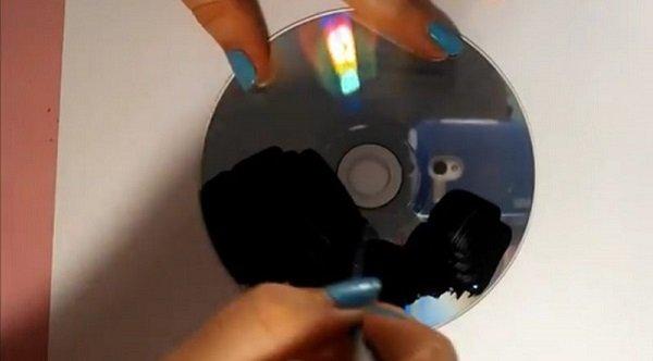 наносим краску на диск