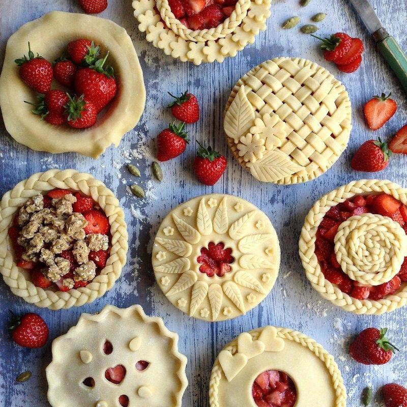 красиво украсить пирог тестом