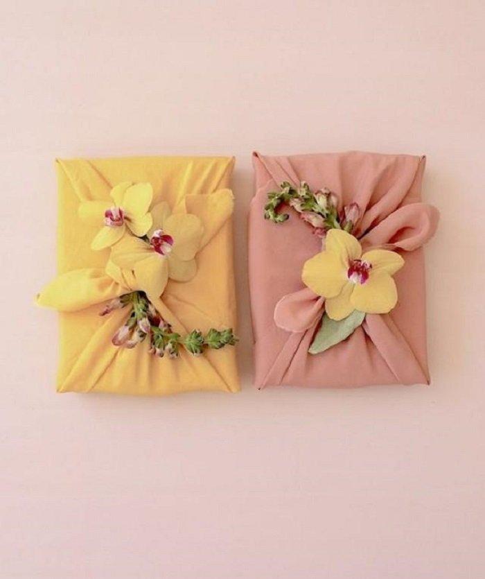 упаковка подарка тканью своими руками