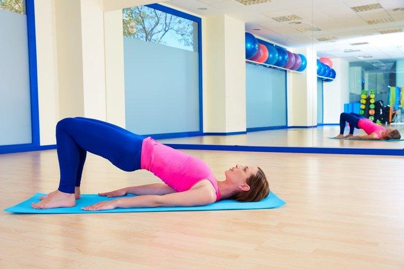упражнения для спины для начинающих