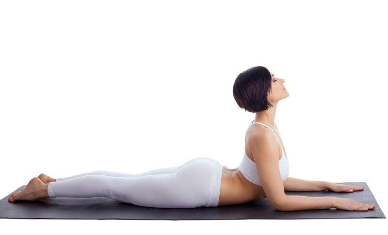 упражнения йоги для больной поясницы