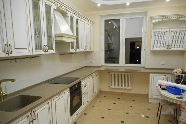 Новости PRO Ремонт - Вот как моя подруга поступила со старым подоконником на кухне. Идея на миллион! дизайн подоконника цветами