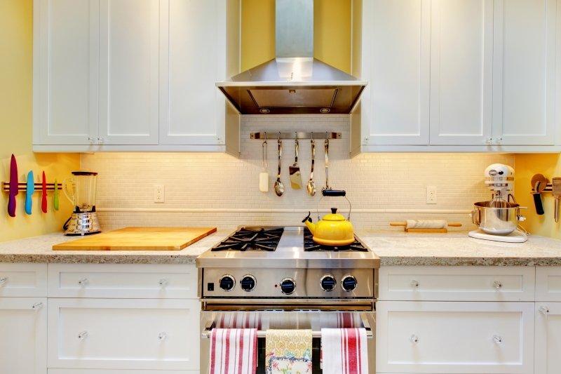 установка вытяжки на кухне в хрущевке