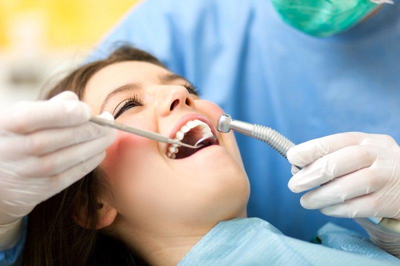 Что лучше — штифт или имплант? Все подводные камни имплантации зубов! Есть адские минусы…