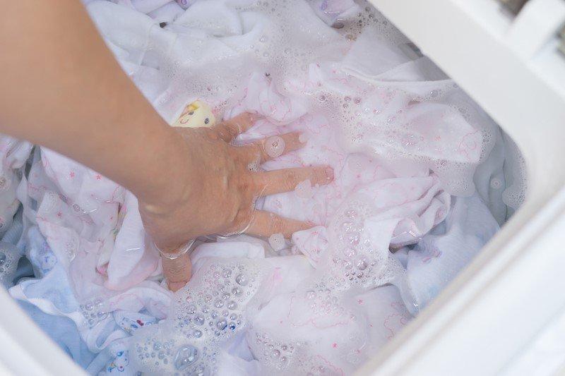как стирать белые вещи в машинке