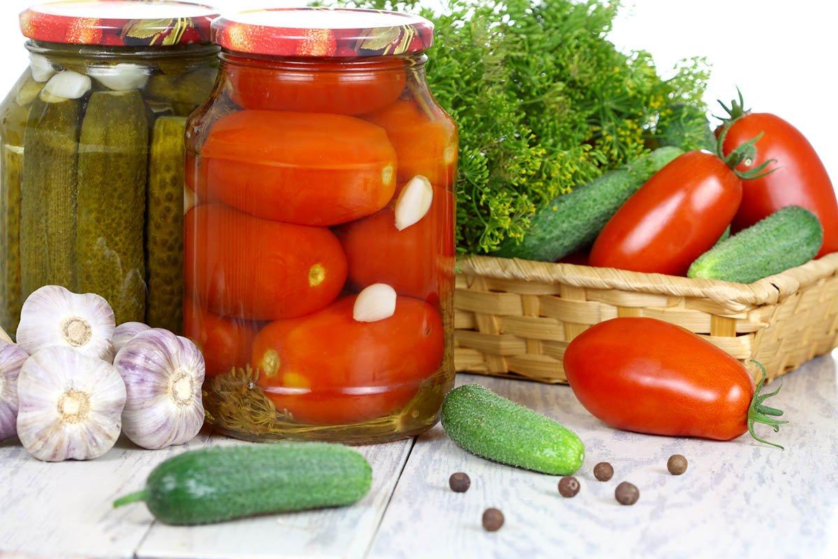 Можно ли спасти неудачную консервацию из помидоров