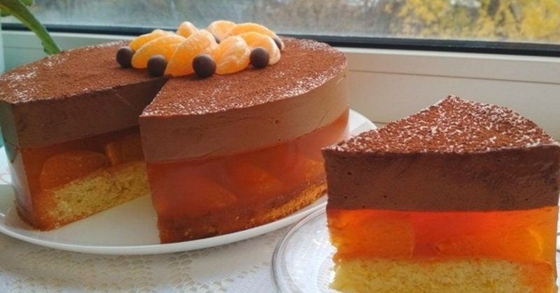 торт с желе в середине
