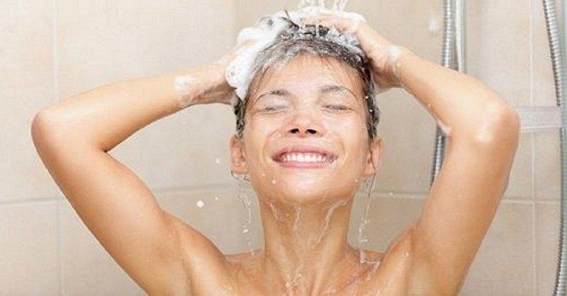 почему нельзя принимать душ каждый день