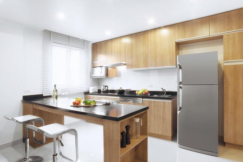 высота шкафа в кухне