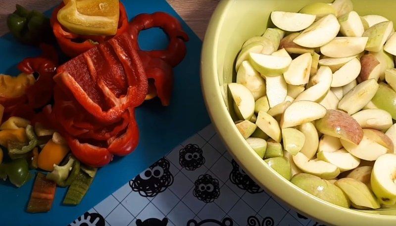 яблоки с болгарским перцем на зиму