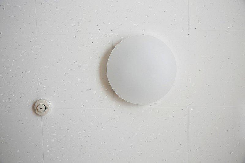 минимализм белая спальня