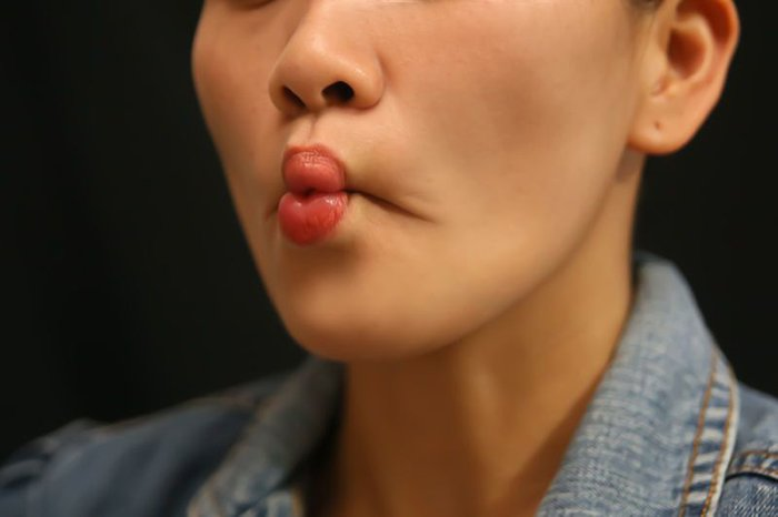 антигравитационная йога для лица