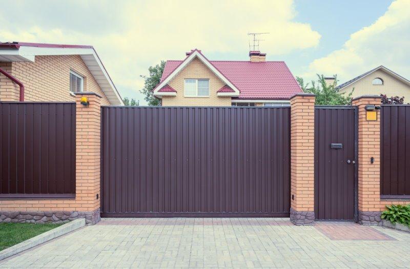 забор своими руками дешево и красиво