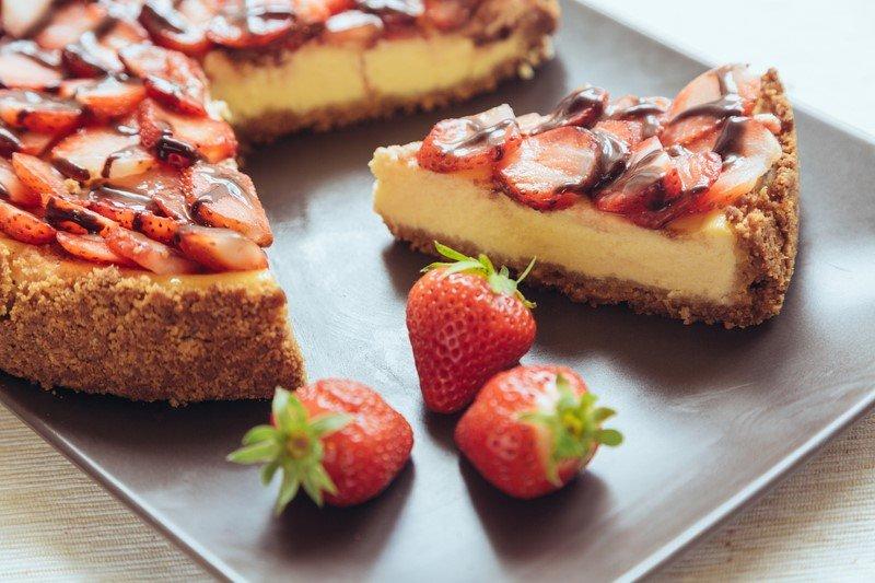 пирог с клубникой в духовке