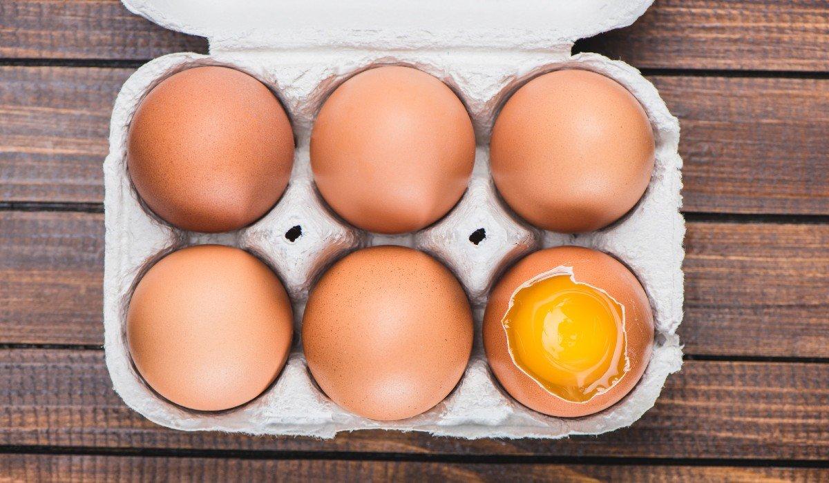 яйцо треснуло