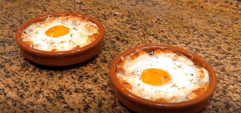 яйца запеченные в перце