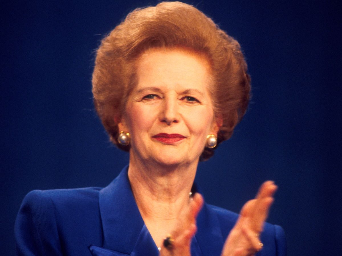 За что наши женщины обожают стиль Маргарет Тэтчер Тэтчер, Маргарет, только, среди, Великобритании, зарплаты, обожала, также, леди», британцев, самих, могла, вроде, наряд, женщины, снова, обожают, стране, власти, экономика