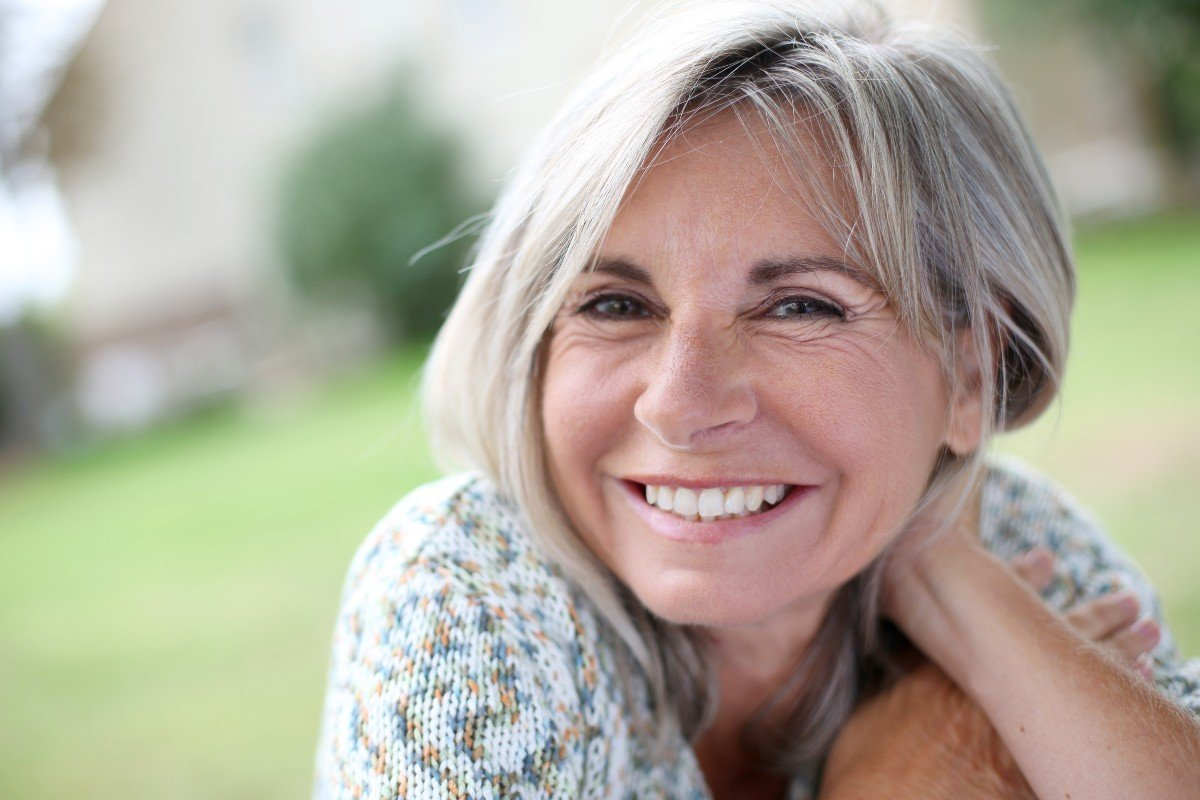 Ничто так не веселит, как женщина, что в 50 считает себя 30-летней красавицей
