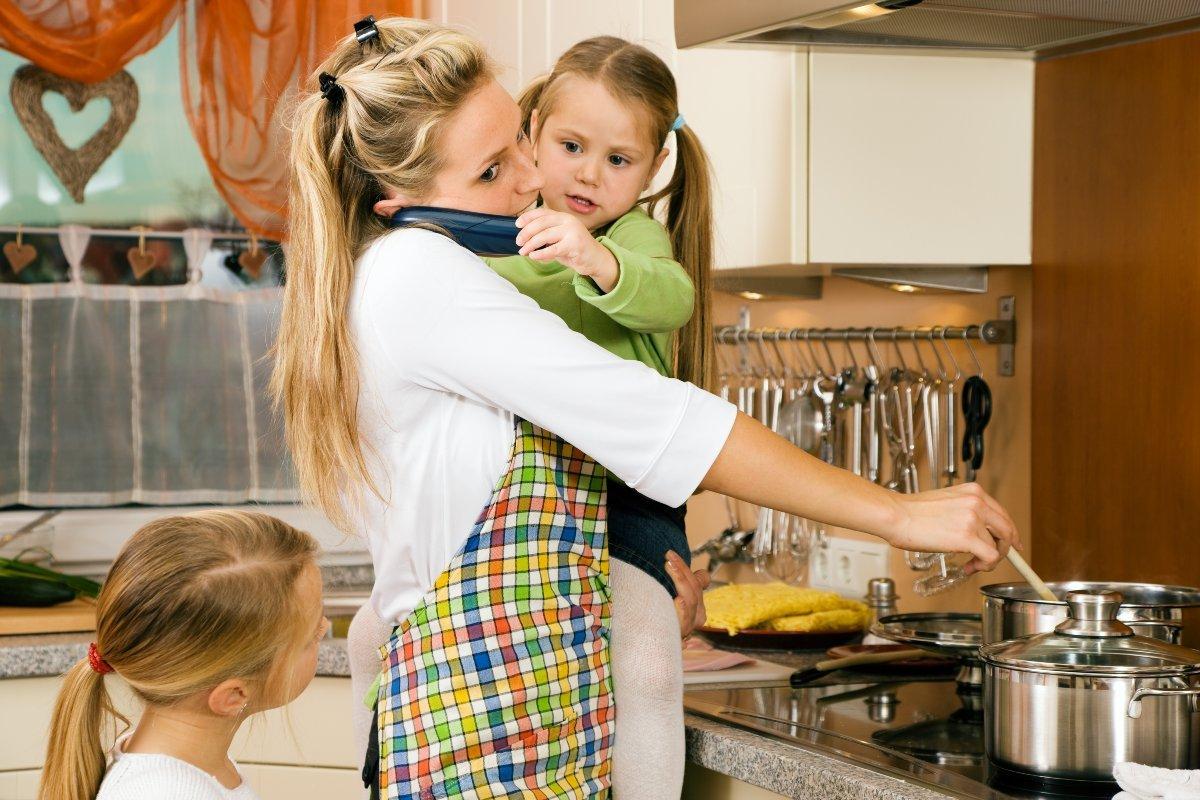 Что делать, если на склоне лет мама стала эгоистичной и решила пожить для себя