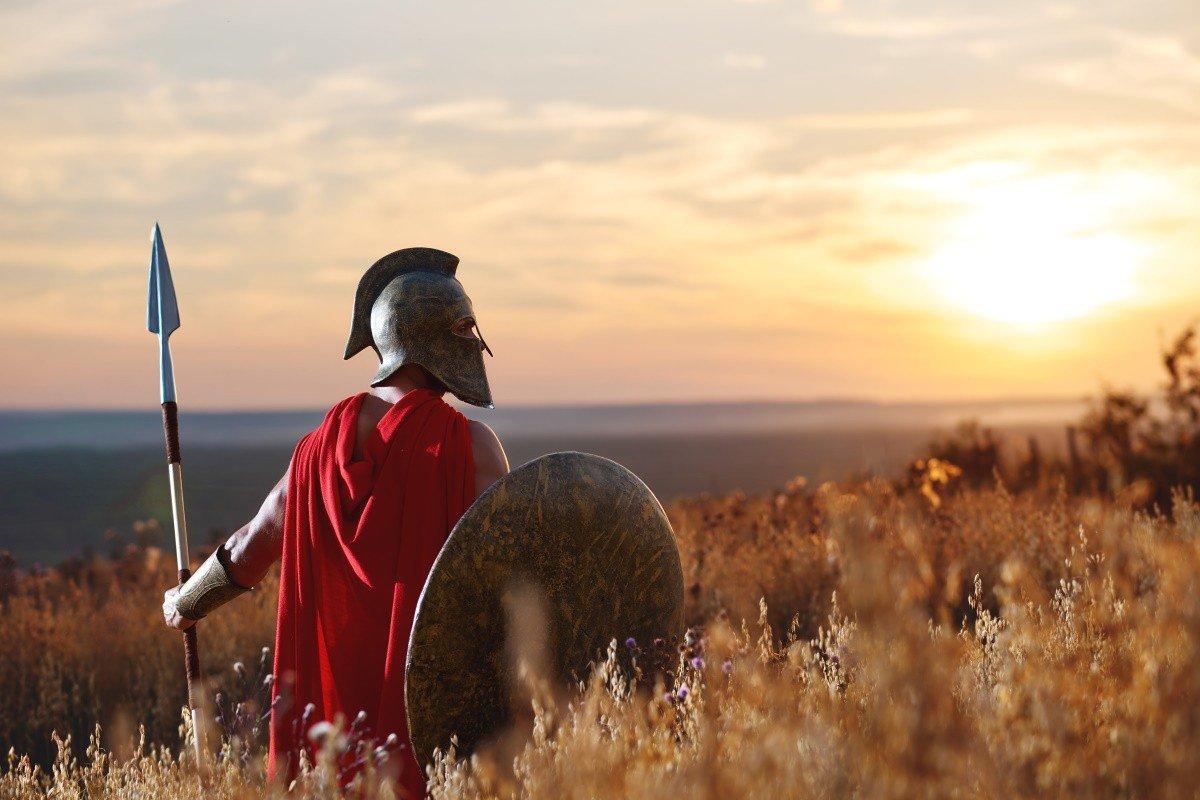 Куда девали одряхлевших спартанцев, что уже не годились для боя